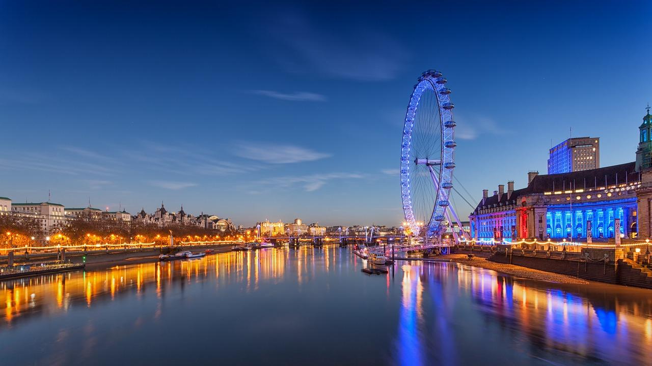 טיול לילי בלונדון - איפה כדאי לבלות