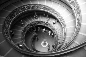 מדרגות במעל