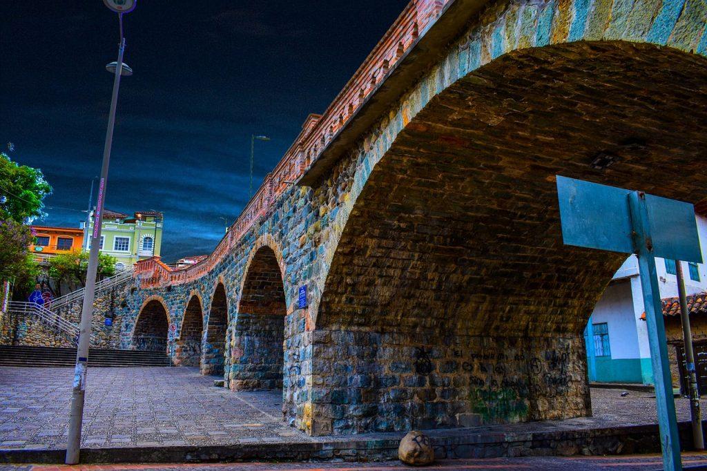 גשר אקוודור